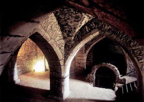 V._Kunc_hrad_lipnice_sklepy-282-280-200-80-c.jpg