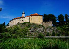 hrad_lede___nad_s__zavou-208-280-200-80-c.jpg