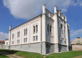 Golcuv_Jenikov_synagoga1-503-280-200-80-c.jpg